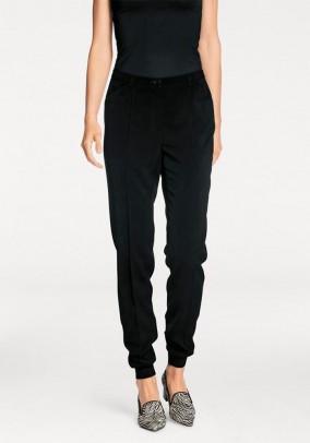 Juodos klasikinės kelnės. Liko 36 dydis