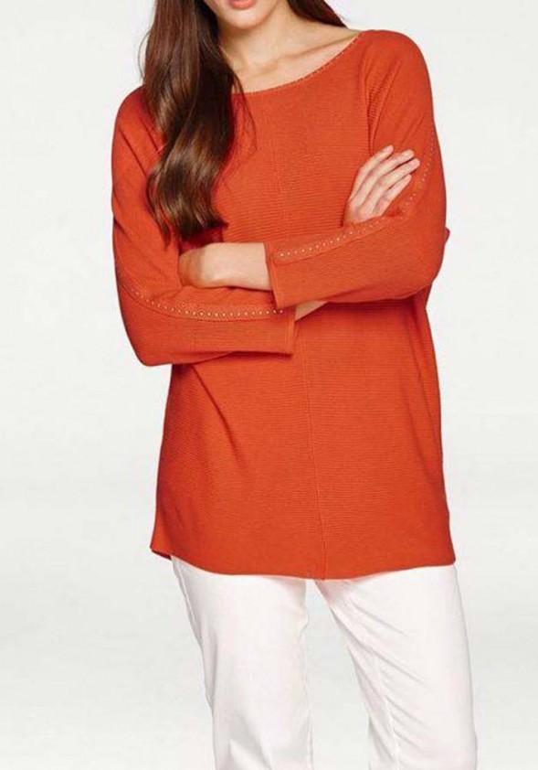 Ryškiai oranžinis megztinis