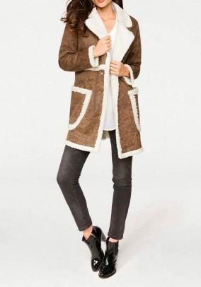 Rudas kailinis paltas