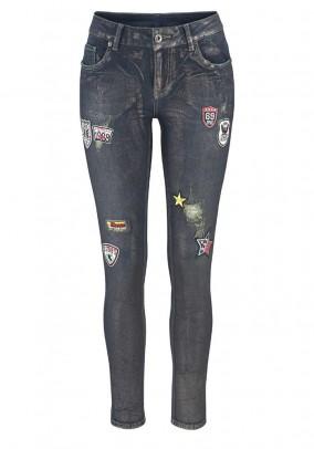 Dekoruoti mėlyni džinsai
