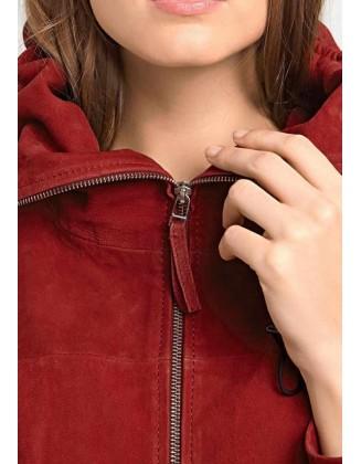 Raudona odinė striukė su užtrauktuku