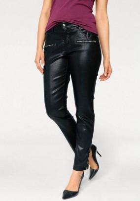 Skinny trousers in reptile look, black