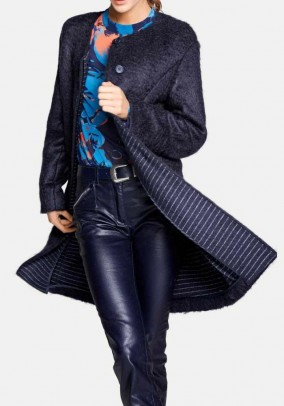 Mėlynas moheros paltas