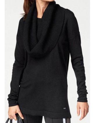 Juodas megztinis + šalis