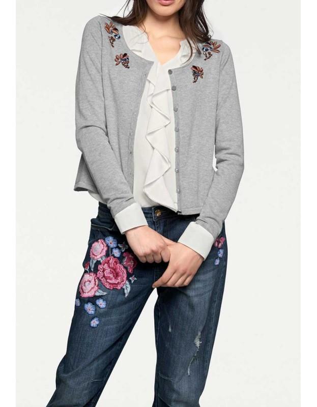 Trumpas pilkas dekoruotas megztinis