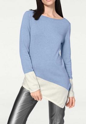Mėlynas asimetrinis megztinis su vilna