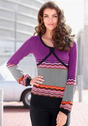 Purpurinis žaismingas megztinis
