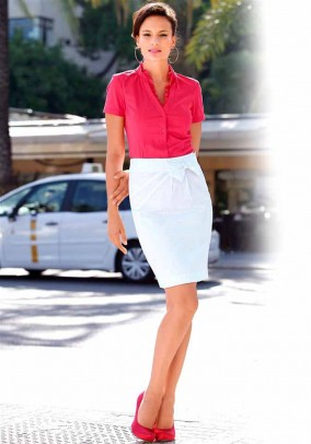 Baltas vasarinis sijonas