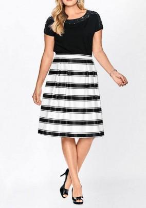 Pleat skirt, white-black