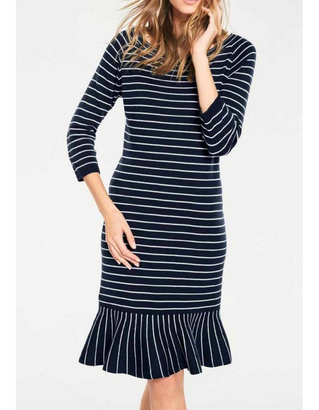 Dryžuota megzta suknelė