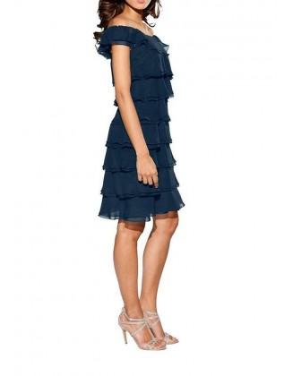Sluoksniuota mėlyna suknelė