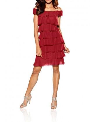 Sluoksniuota raudona suknelė