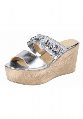 Wedge mule, silver coloured