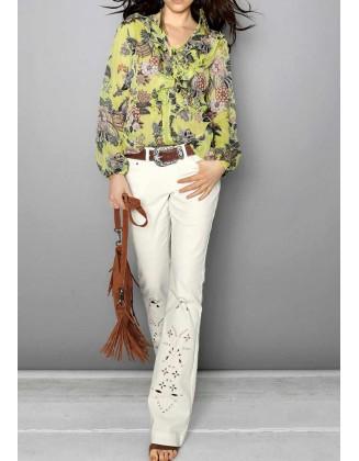 Balti siuvinėti džinsai