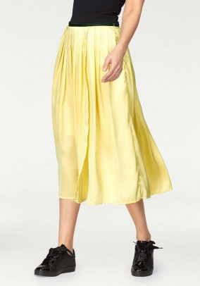 Satin skirt, yellow