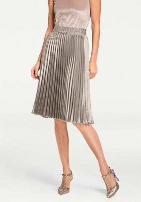 Pleat skirt, silver colours