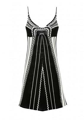 Megzta juoda GUESS suknelė