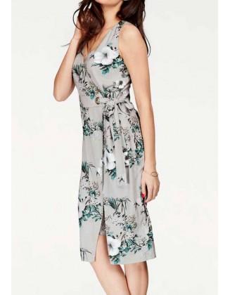 Susiaučiama pilka suknelė