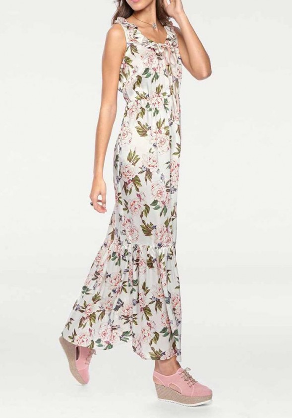 Ilga šviesi vasarinė suknelė