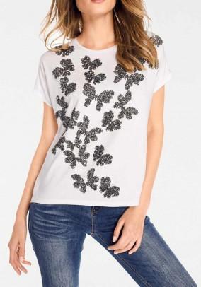 Drugeliais dekoruoti marškinėliai