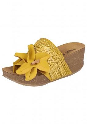 Mule, yellow