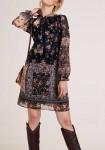 Vintažinio stiliaus marga suknelė