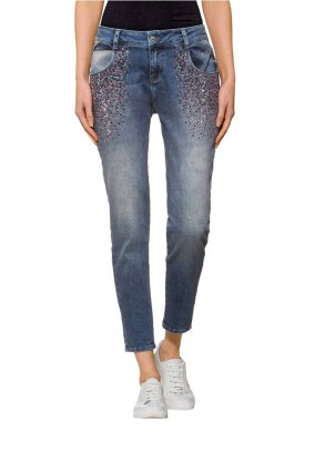 Boyfriend jeans with rivets, blue used