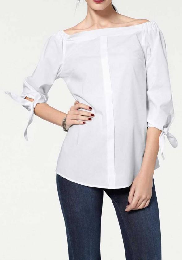 Carmen neckline, white