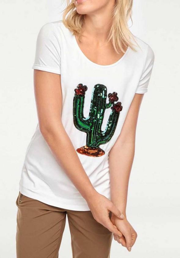 Balti marškinėliai su dekoracija