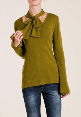 Chaki megztinis su šaliu