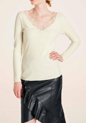 Shirt with lace, ecru