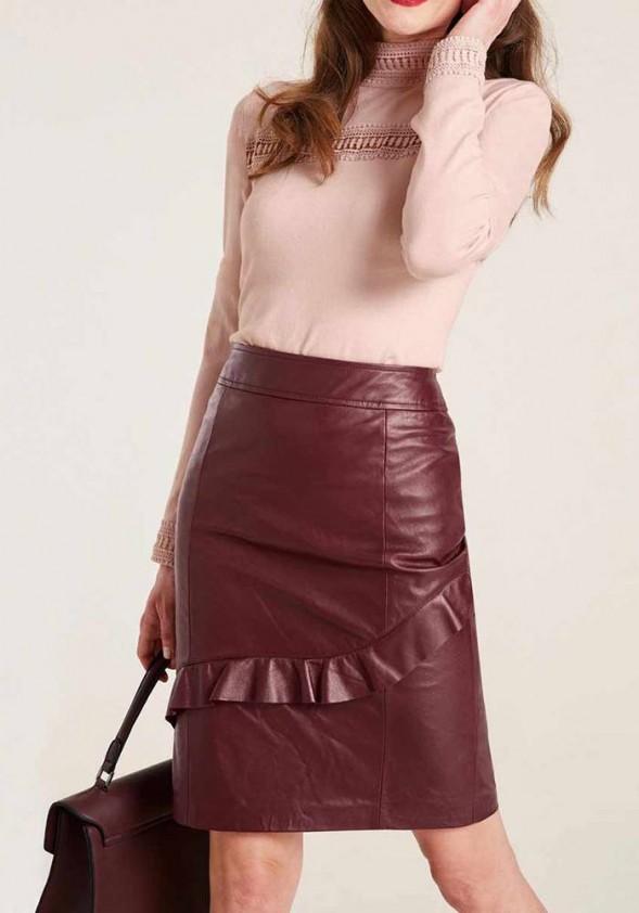 Natūralios odos bordo sijonas. Liko 42/44 dydis