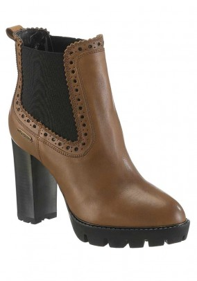 Leather bootie, brown