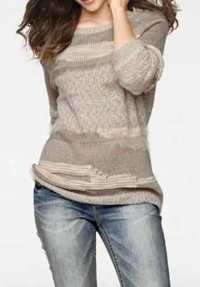 Smėlinis jaukus megztinis. Liko 44 dydis