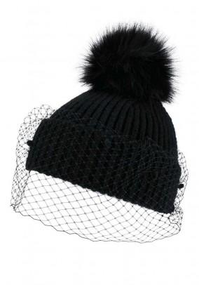 Ekstravagantiška megzta juoda kepurė