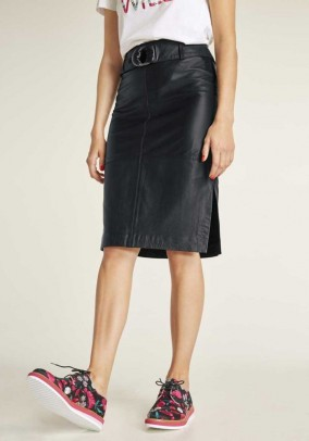 Leather skirt with belt, black