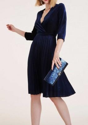 Mėlyna klostuota aksomo suknelė