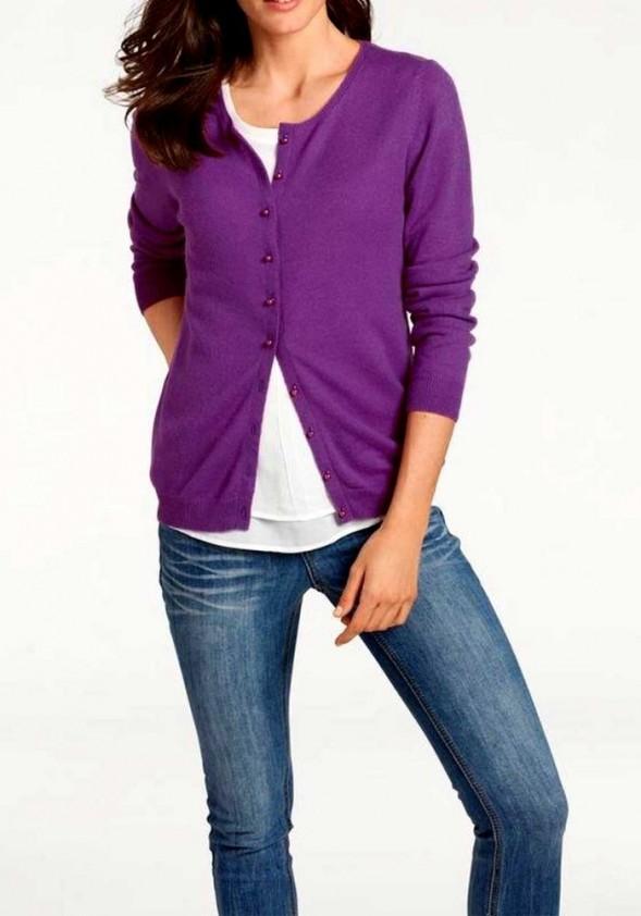 Violetinis kašmyro megztinis su sagutėmis
