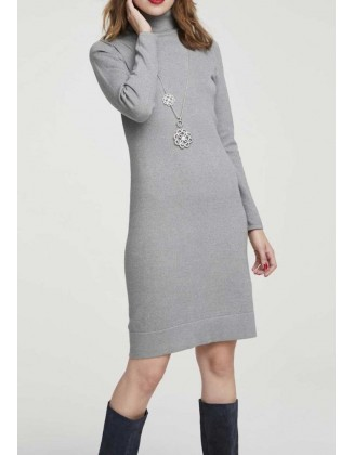 Megzta pilka suknelė