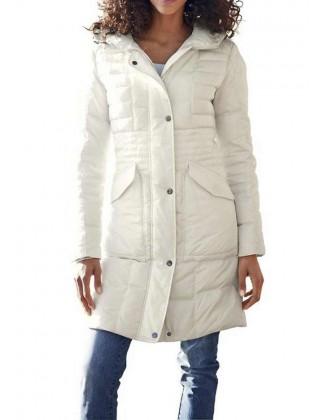 Šviesus pūkinis paltas