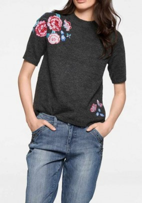 Sweater with embroidery, grey