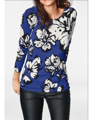 Mėlynas megztinis su gėlėmis