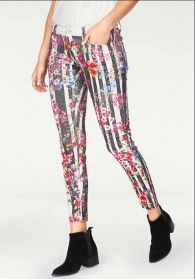 Branded jeans, colorful, 29 inch