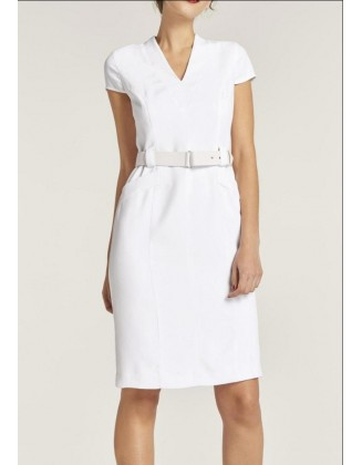 Elegantiška balta suknelė su diržu