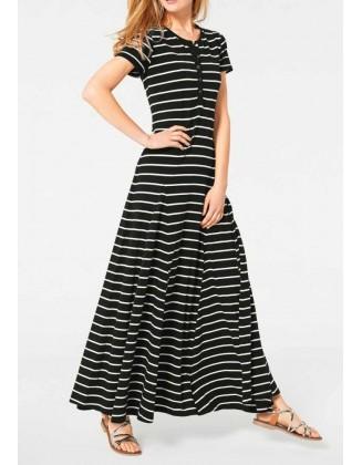 Ilga juoda dryžuota suknelė