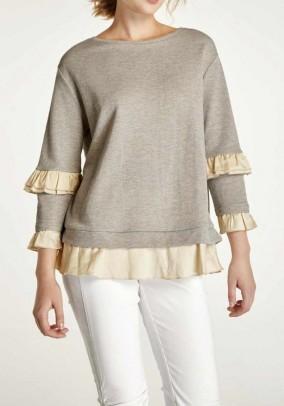 Žavus megztinis su aukso detalėmis