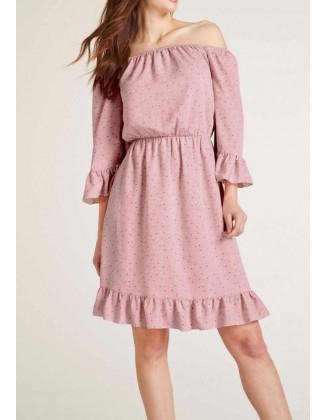 Rausva taškuota suknelė