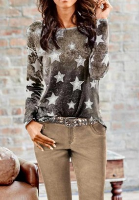 Fine knit sweater with rivets, stone