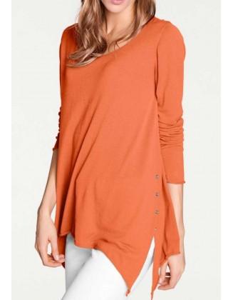 Oranžinis laisvo stiliaus megztinis