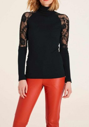 Rib knit shirt with lace, black